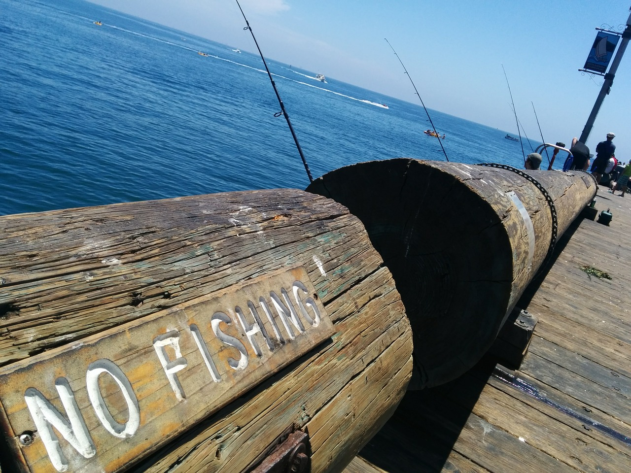 CATMEDIA Creative Services No fishing on pier