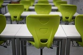 classroom-470680__180