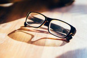 eyeglasses-933384_960_720